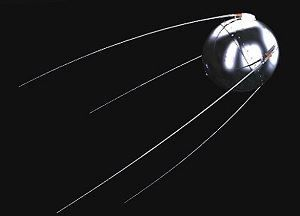 examples of natural and artificial satellites