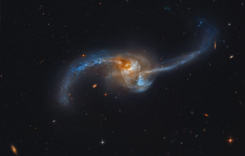 NGC 2623 Galaxy in Cancer