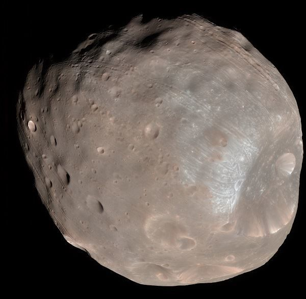 Image of the Mars moon of Deimos